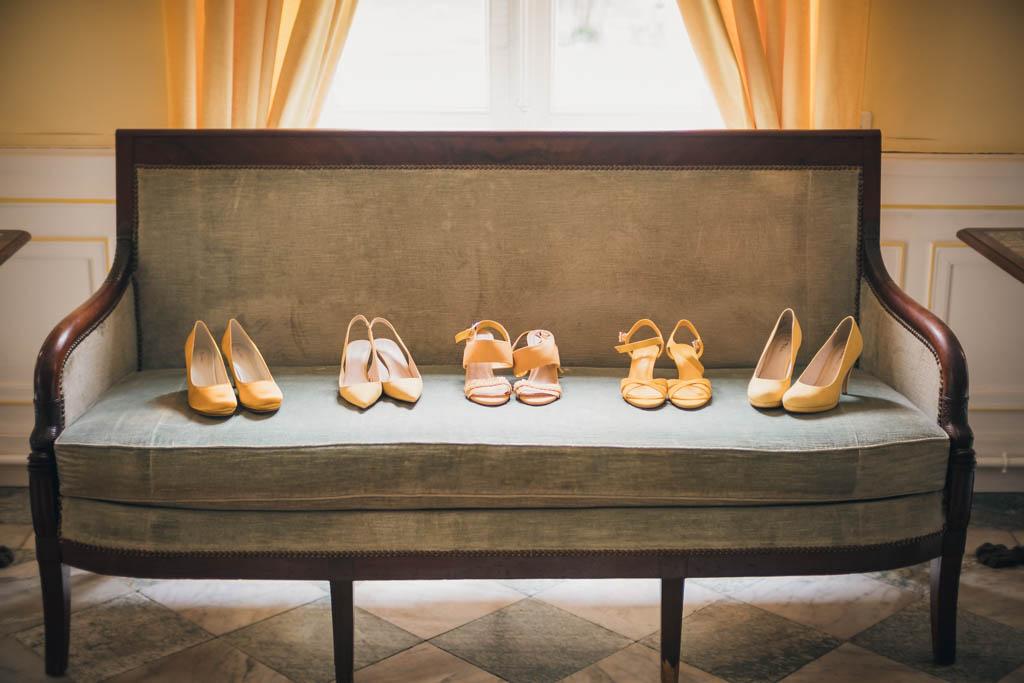 Chaussures de la mariée et des demoiselles d'honneur