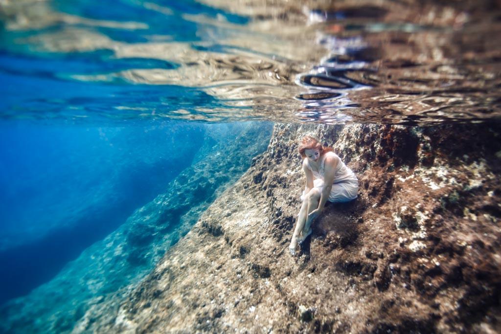 shooting photo femme couple underwater sous l'eau insolite originale toulouse