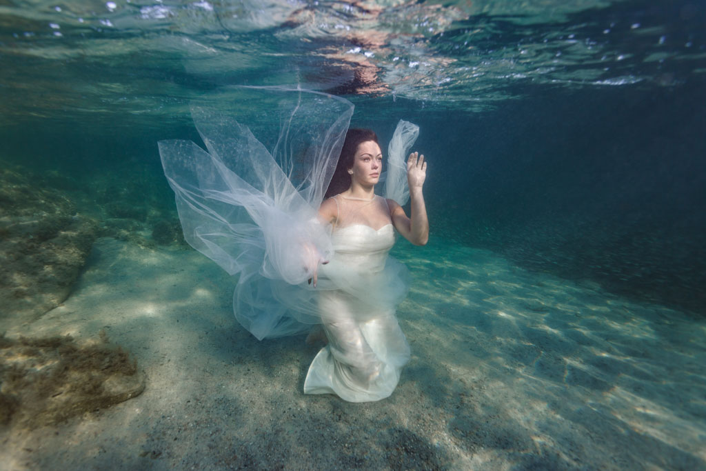 Trash the dress Mariage Underwater sous l'eau subaquatique photographe Toulouse