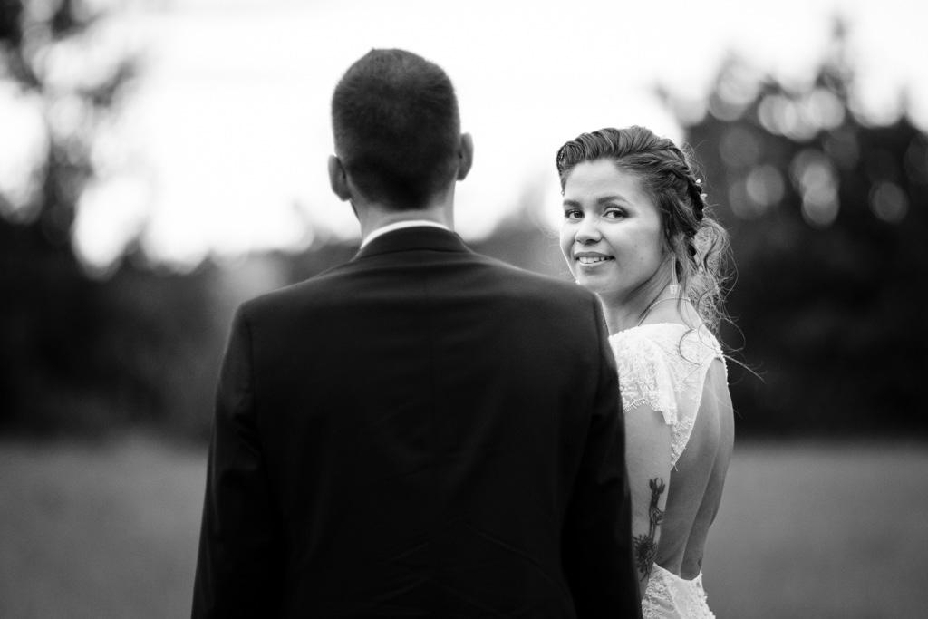 photographe mariage toulouse occitanie photo de couple moulin de nartaud (10)