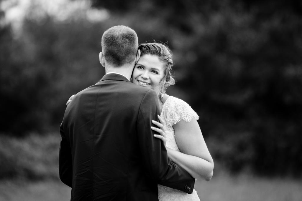 photographe mariage toulouse occitanie photo de couple moulin de nartaud (11)
