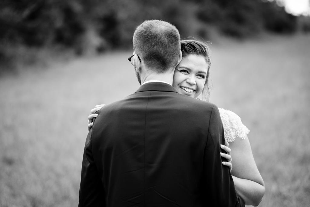 photographe mariage toulouse occitanie photo de couple moulin de nartaud (12)