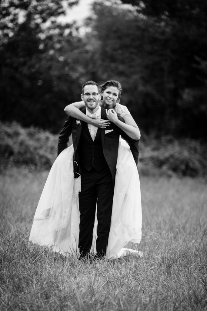 photographe mariage toulouse occitanie photo de couple moulin de nartaud (18)
